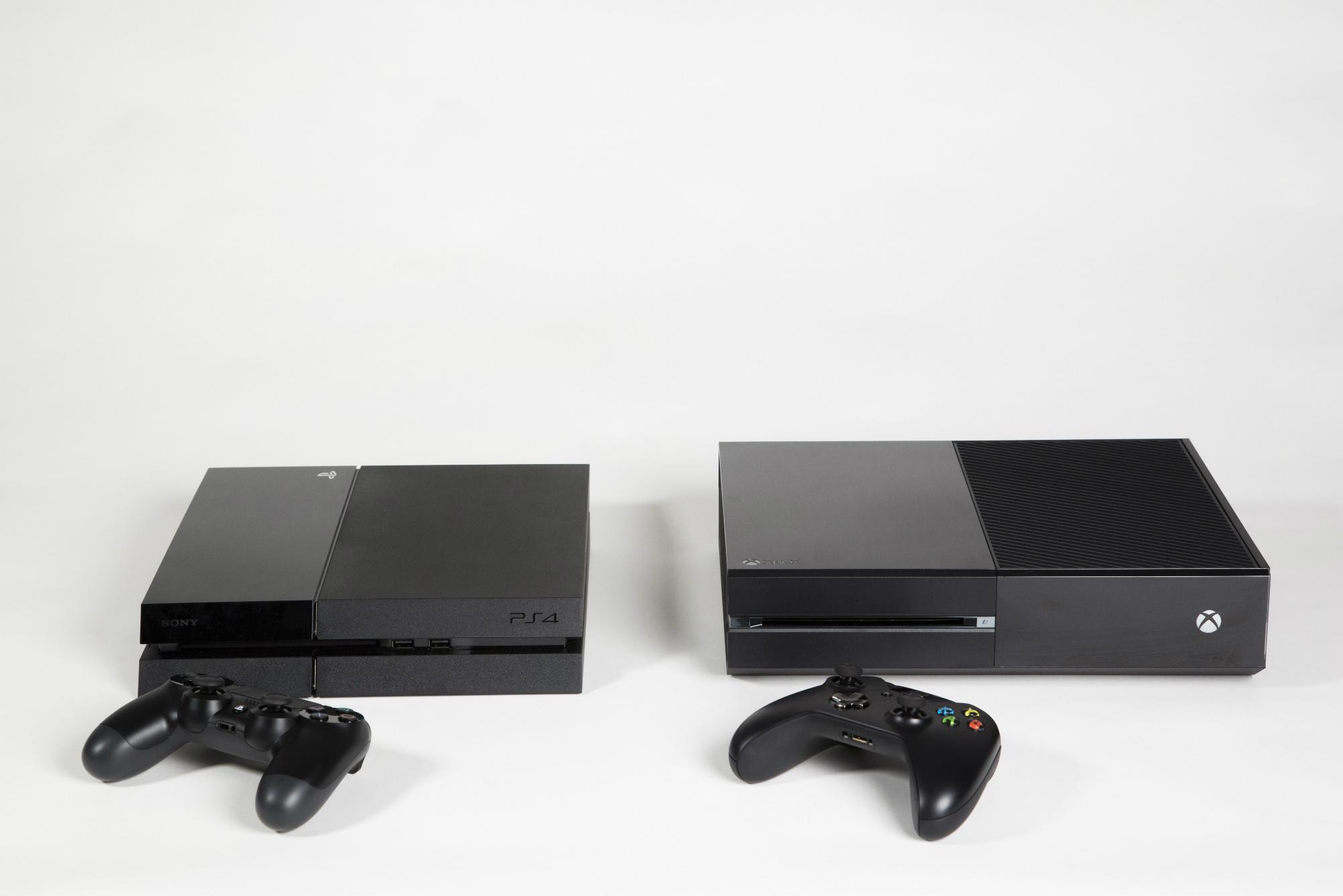 De PS4 en Xbox One naast elkaar